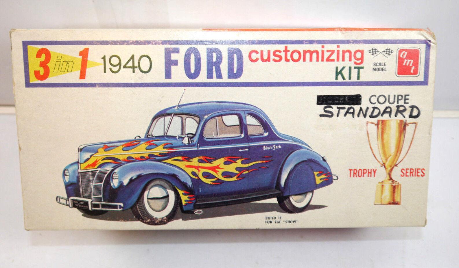 Amt 140 Ford Standard Coupé 1940 Auto 3in1 PLASTIQUE Kit de Construction Modèle