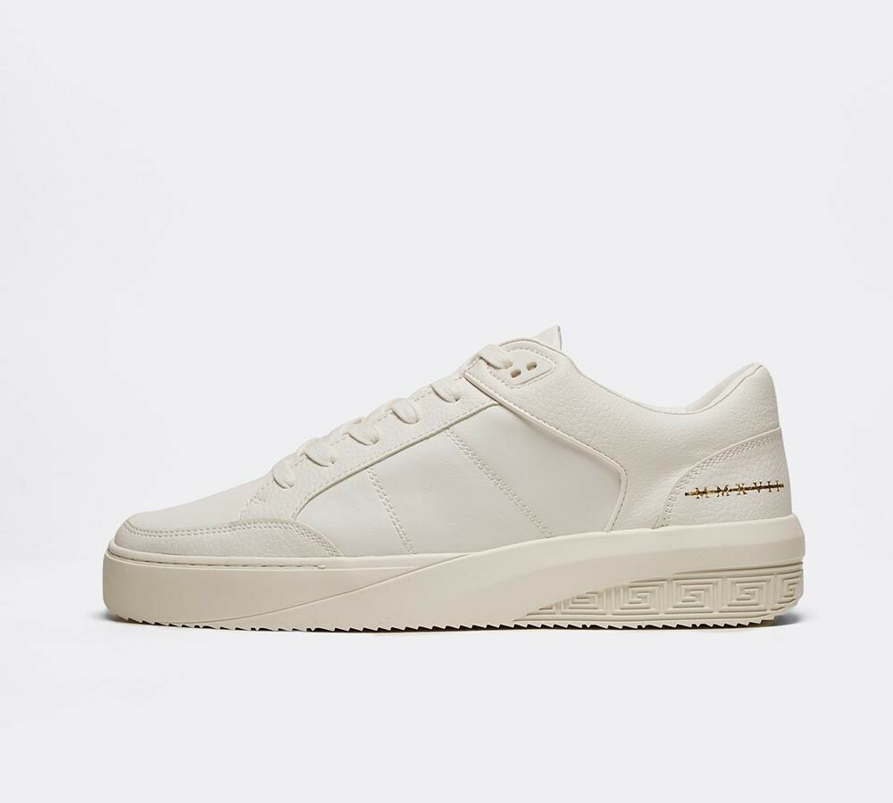 Homme GG de Condemned Nation Clash Blanc Blanc Or Baskets