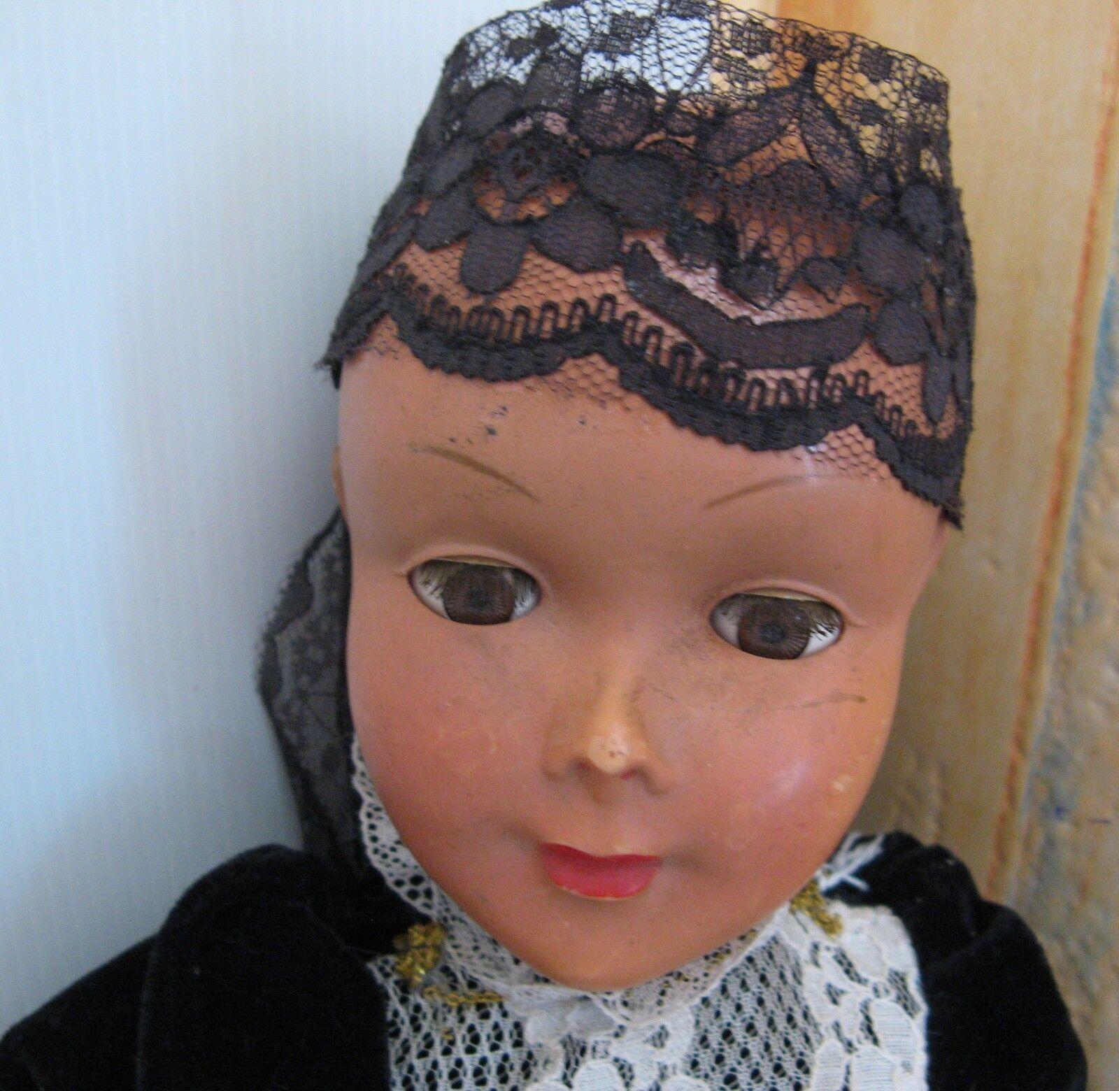 2514 poupée celluloid doll yeux dormeur ancienne avec habits d'origines
