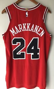 more photos 36416 df81f Details about Lauri Markkanen Nike Aeroswift Authentic Chicago Bulls  Autographed NBA Jersey