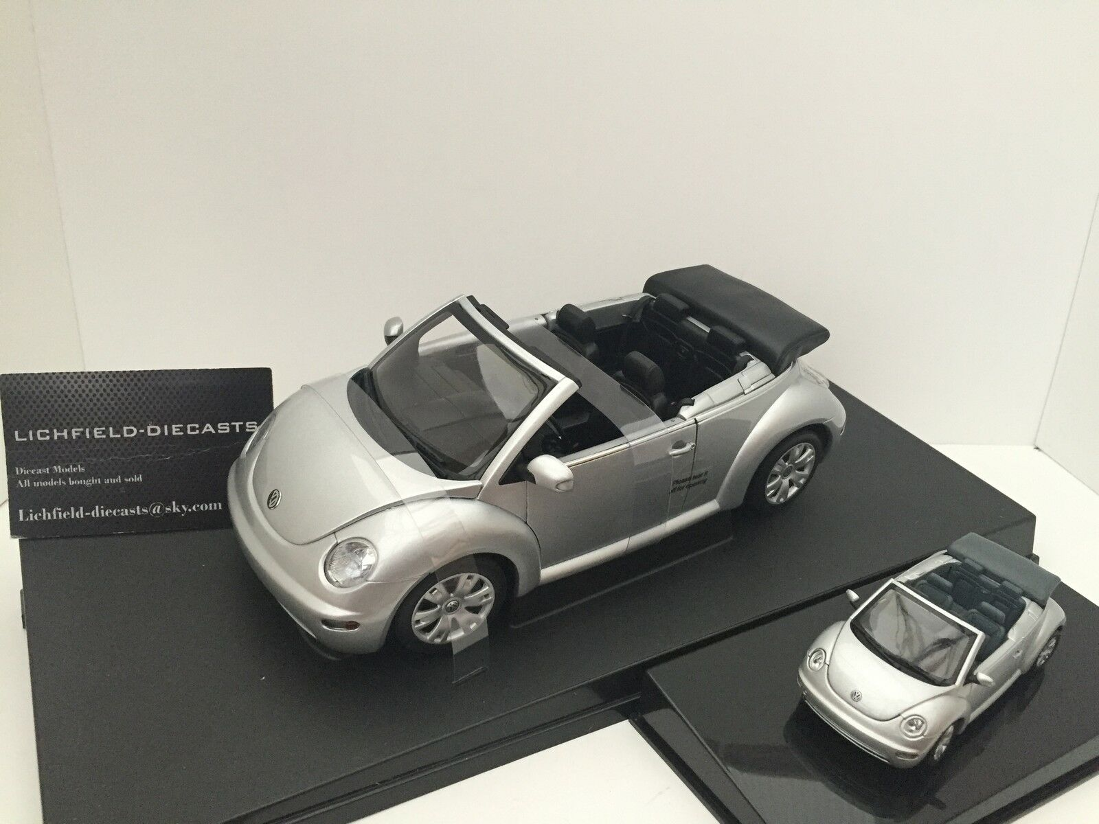 Autoart 1 18 1 43 VW NEW BEETLE CABRIO  Reflex argentoo Metallico  2 modelli
