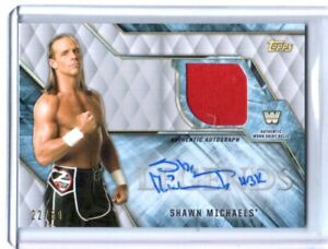 WWE-Shawn-Michaels-2017-Topps-Legends-Autograph-Shirt-Relic-Card-SN-22-of-50