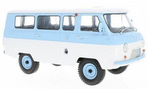 Premium ClassiXXs UAZ 452 V minibus (2206) bleu clair Pentecôte 1 18 47074
