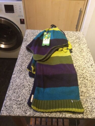 scarf and gloves age 10-12 hat Marks and Spencer's Boys 3 part set