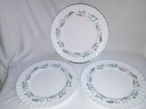 3-Royal-Doulton-Glen-Auldyn-H-4959-English-Bone-China-Dinner-Plates-10-5-8-034-D