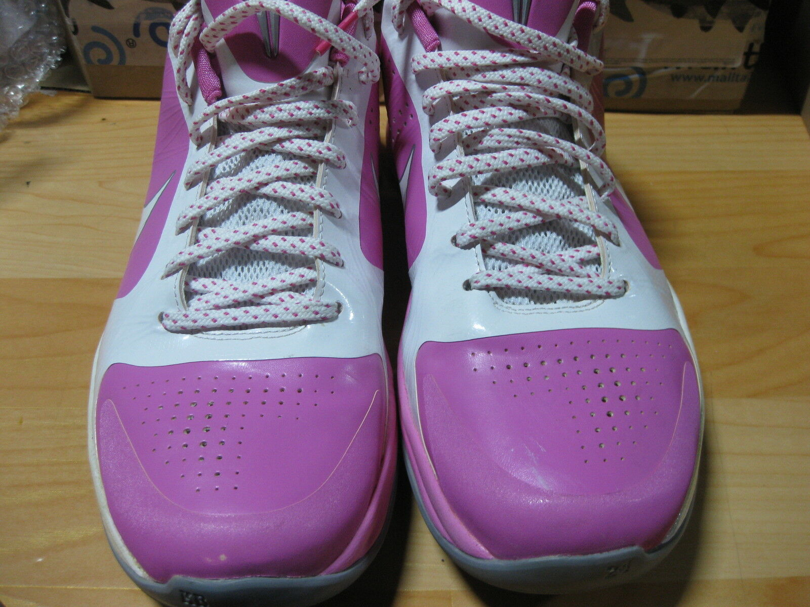 the best attitude 411ea 75ad3 Nike Kobe 5 Think Pink Breast cancer Sz 10