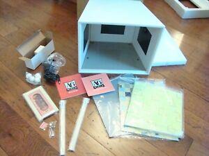 American-Girl-AG-Mini-Illuma-Room-Display-Box-and-Boutique-Decor-Set-NEW
