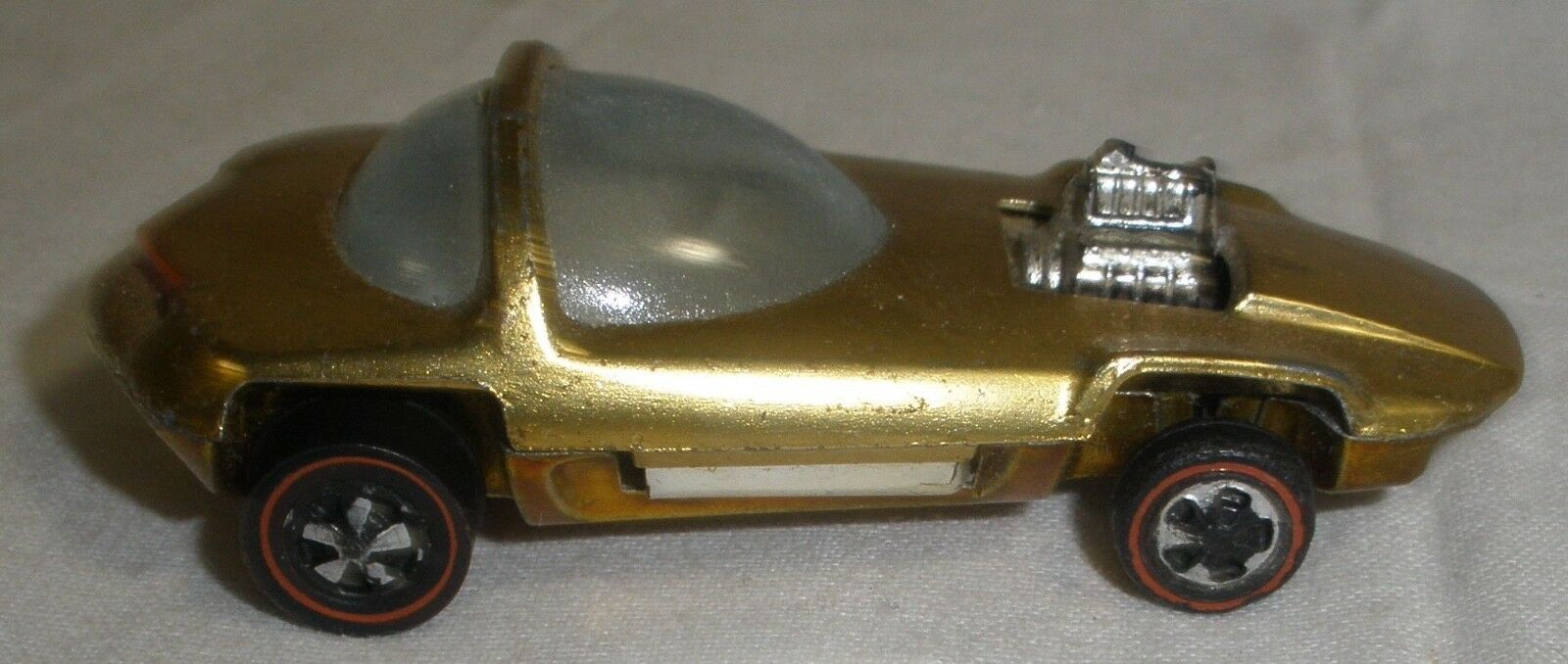 Hot Wheels redline Silhouette gold very nice condition