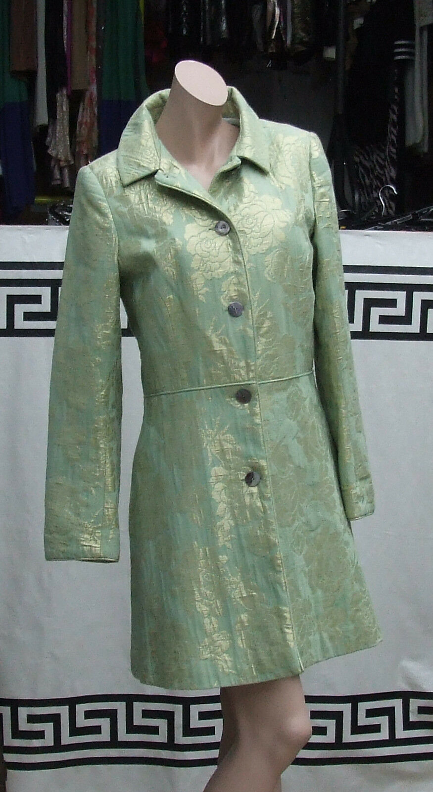 Sz S Glorious Fitted Green Button Down Ultra Stylish Designer Coat Large pinks