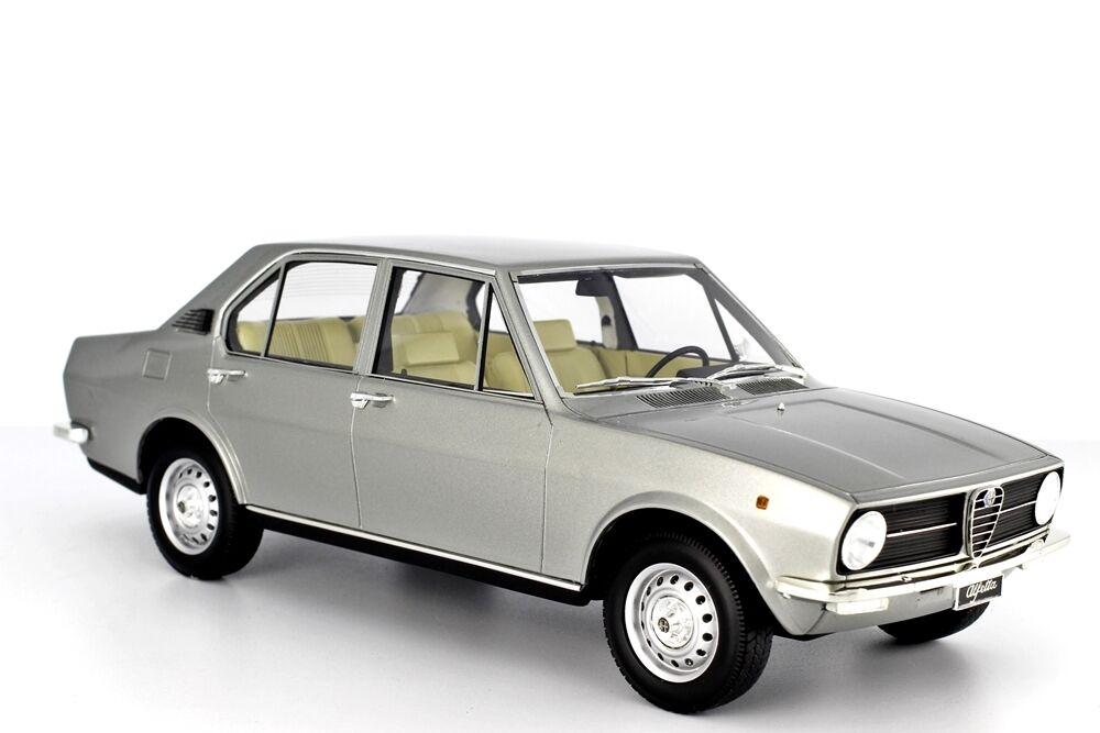 Laudoracing-Models Alfa Romeo Alfetta 1.6 1975 1 18 LM097-3