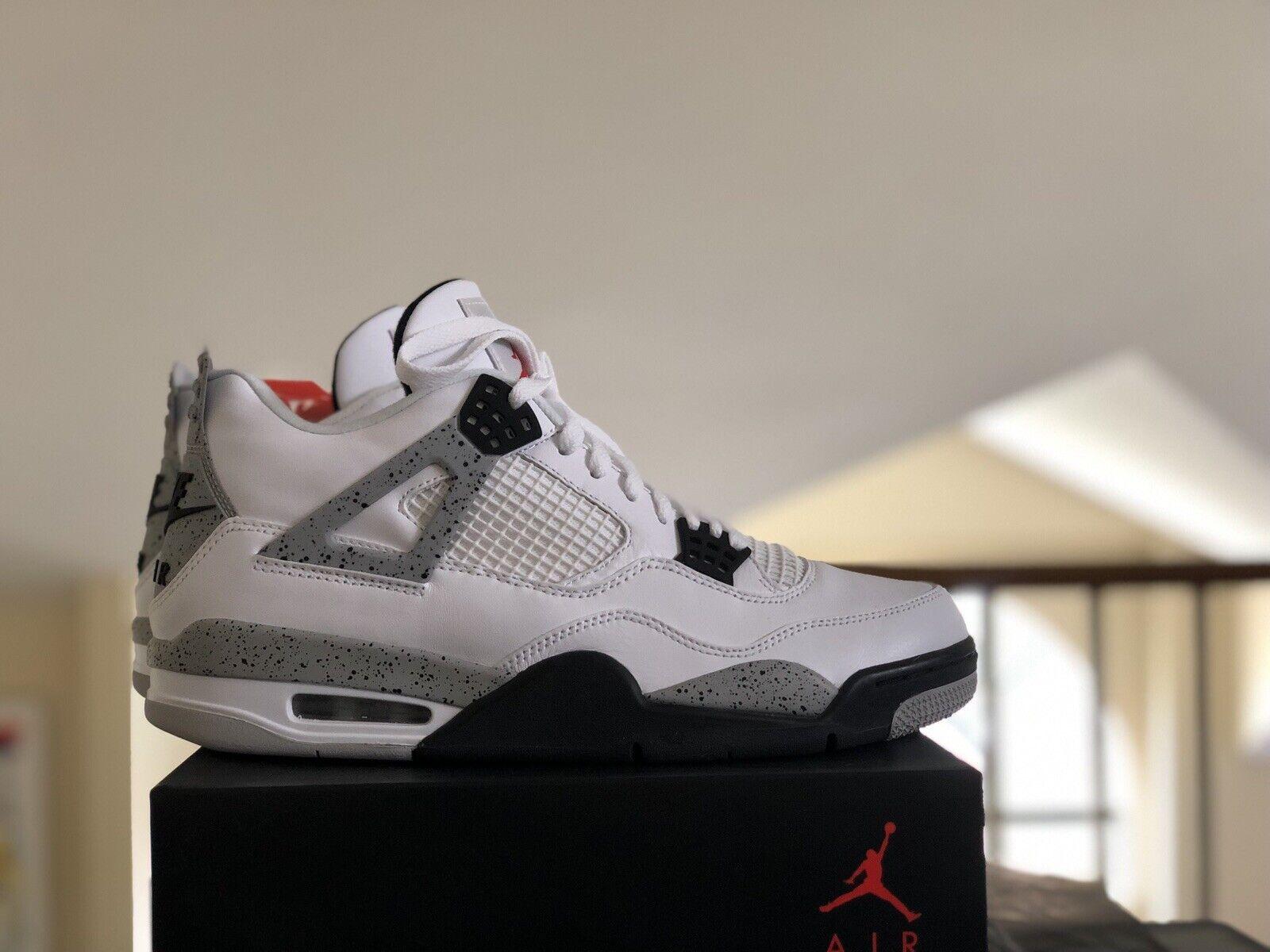 2016 Nike Air Jordan Retro 4 IV OG 840606 192 Size 11 Cement White Grey NEW NDS