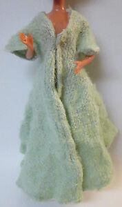 Vintage-Barbie-Handmade-Coat-Robe-Full-Length-Mint-Green-READ-DESCRIPTION