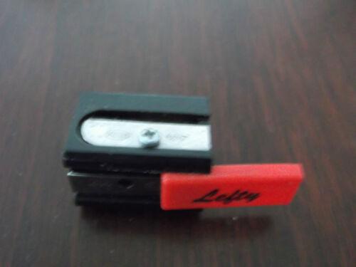 1Spitzer für Lingshänder mit  einer Esatzklinge
