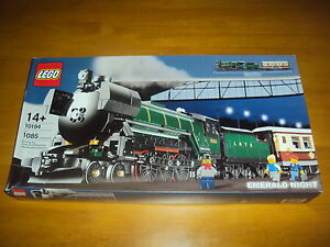 LEGO-TRAIN-SET-10194-Emerald-Night-NEW-IN-FACTORY-SEALED-POLY-BAGS-NO-BOX