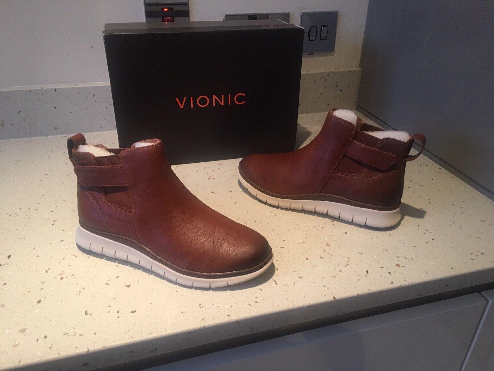 VIONIC Kaufman Brown Mocha Leather Womans Chelsea Boots Current Model
