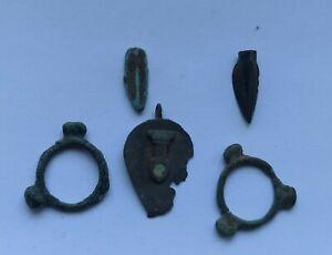 LOT OF 5 ANCIENT ROMAN BRONZE ARTEFACTS 200-400 AD