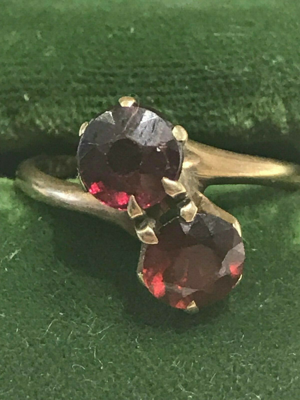 1940's Double Red Ruby 10k Yellow gold Ring