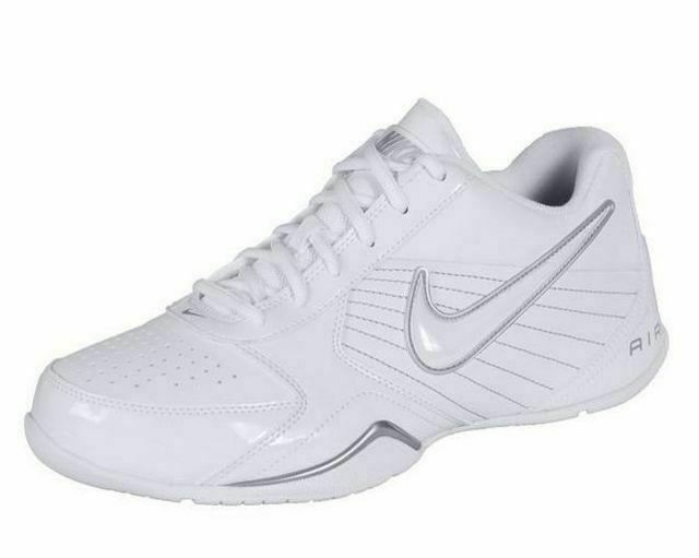 Nike Air Baseline Low Basketball Shoes