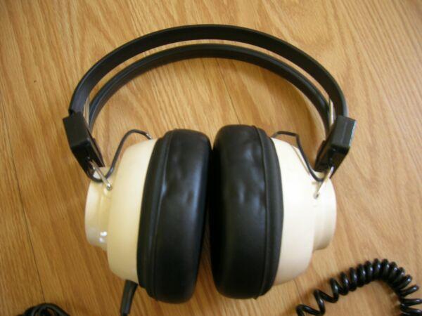 Vintage Soundesign Stereo Phonic Hi-fi Headphones 8 Ohm Model 334 Zowel De Kwaliteit Van Vasthoudendheid Als Hardheid Hebben
