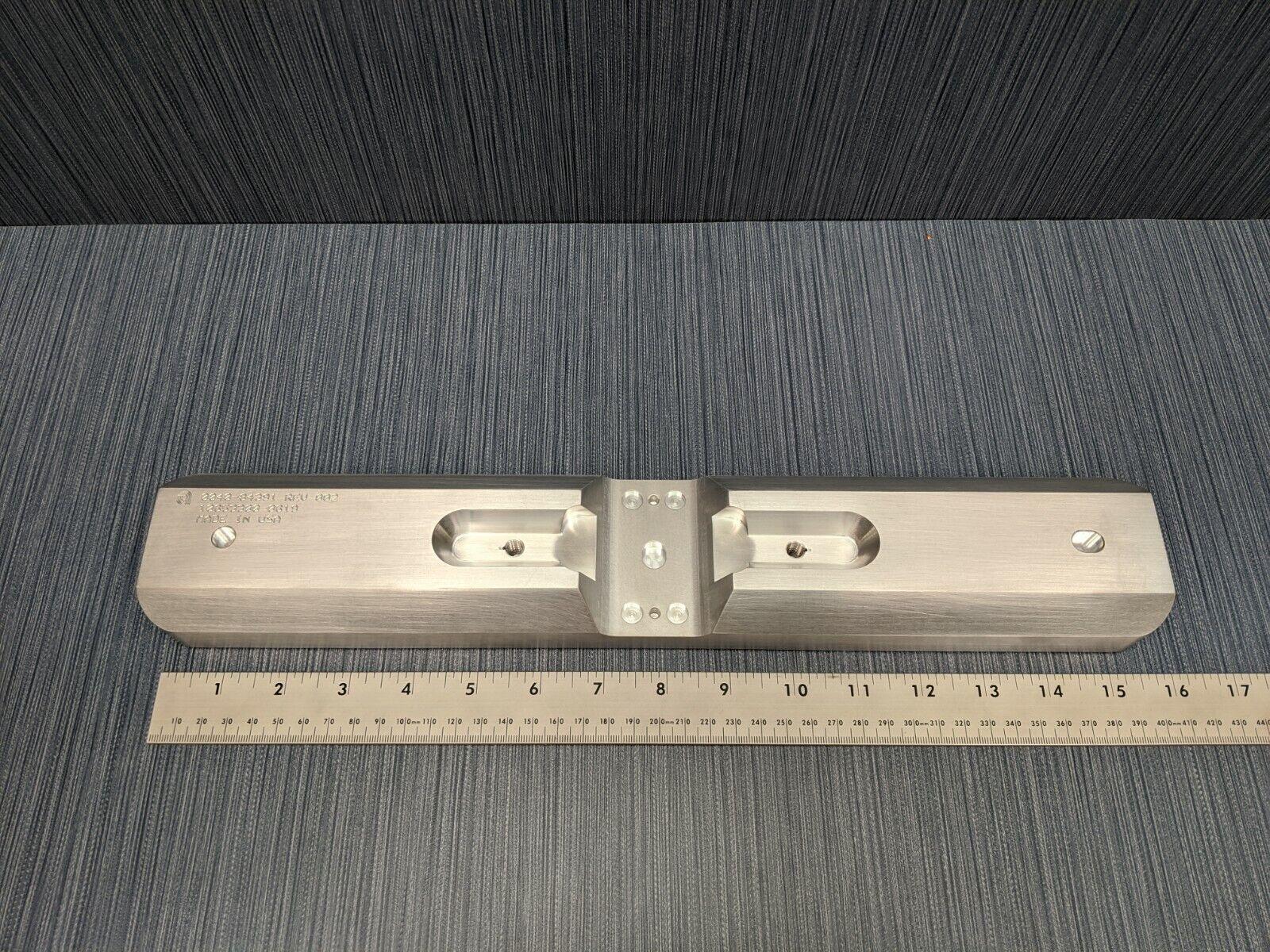 Applied Materials AMAT 0040-96157 300mm Slit Valve Door