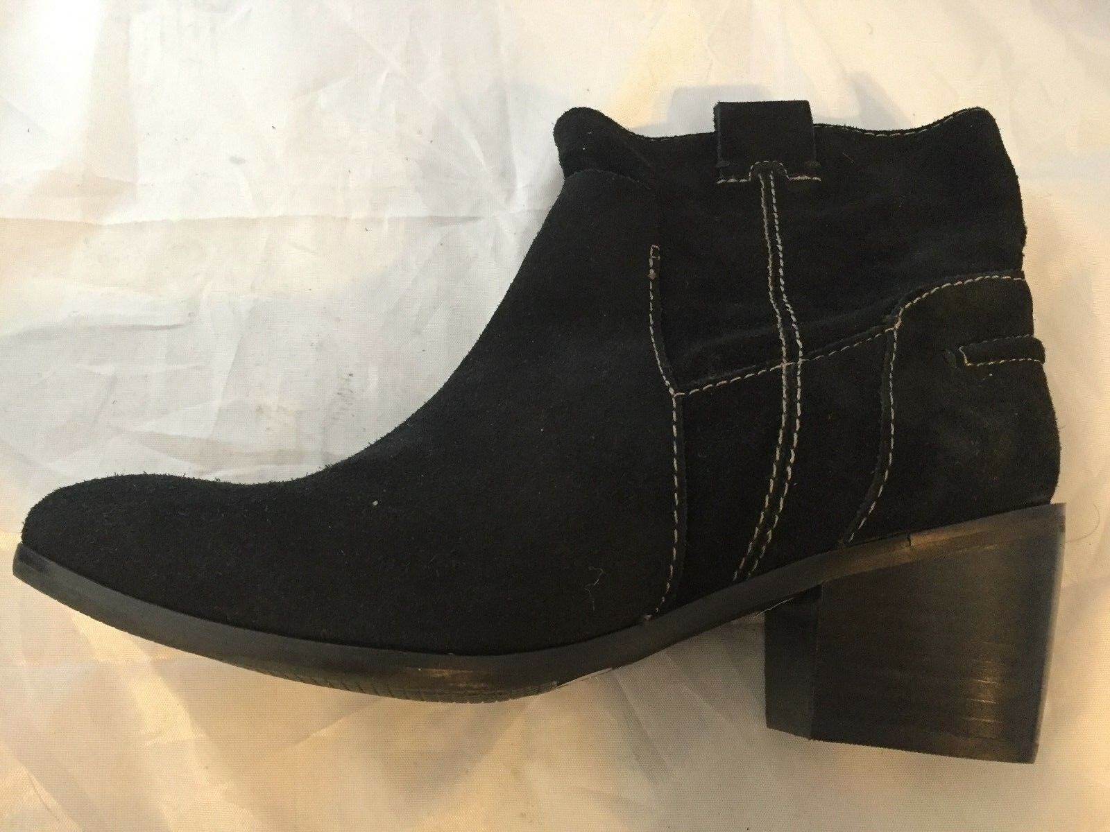 NEW Vince Camuto Black Maves Black Camuto Suede Western Ankle Bootie, Women Size 8.5, $159 e58dbc