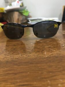 NCAA-michigan-wolverines-absolute-eyeware-solutions-sunglases