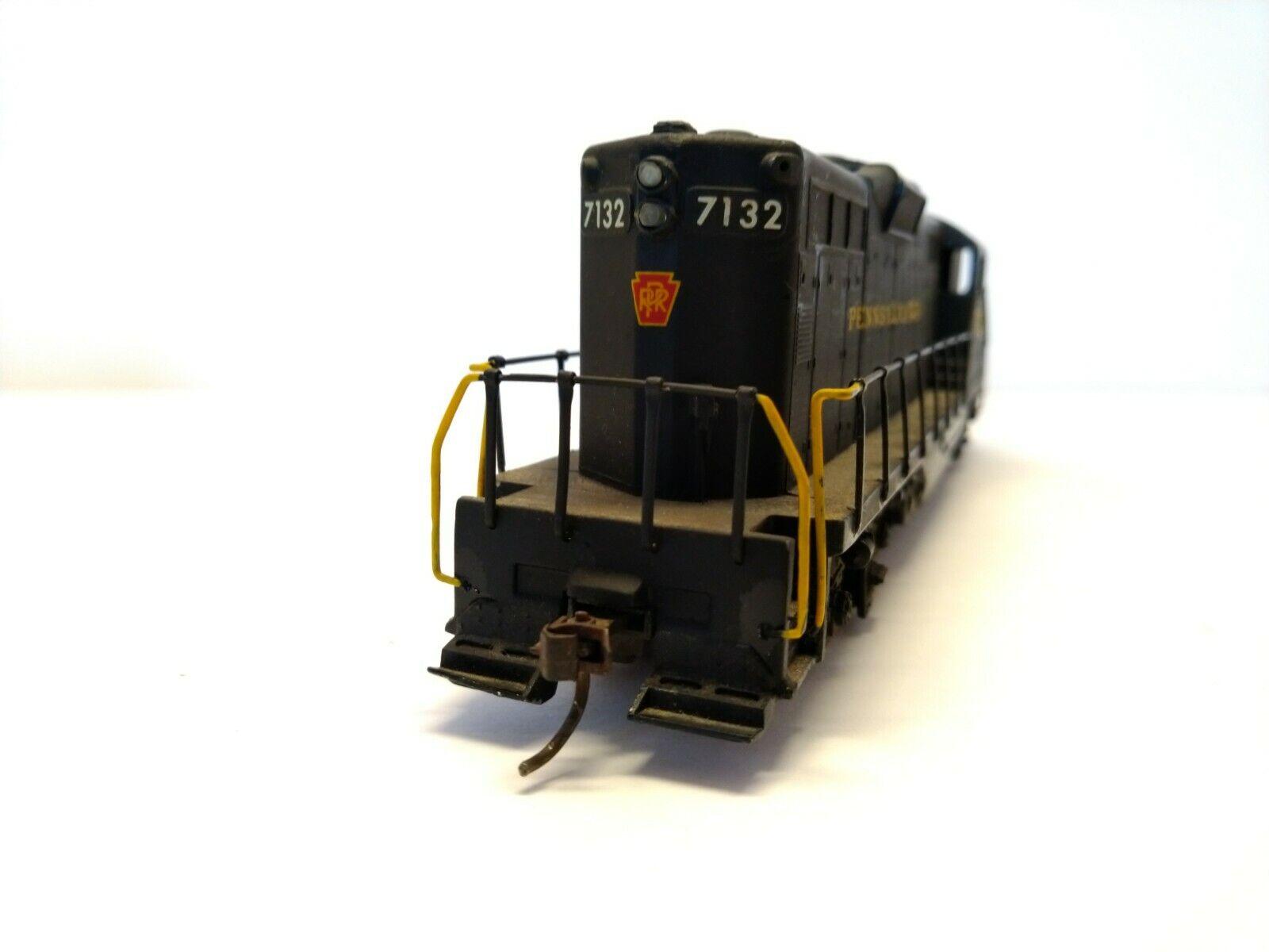 AHM Pennsylvania Locomotora  7132