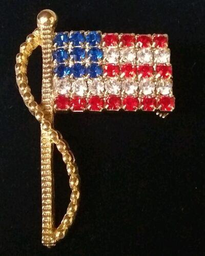 Vintage Gold Tone /& Rhinestones American Flag Brooch Signed Rafaelian