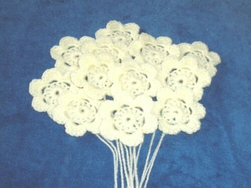 APPLE//APRICOT//LEMON//TURQ WHITE 12 HANDMADE CROCHET FLOWERS aprox 5 cms