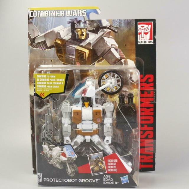 New Transformers Generations Combiner Wars Deluxe Class First Aid Ambulance