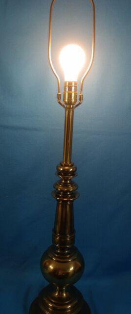 Vintage Stiffel Mid Century Hollywood Regency Brass Lamp. (No Shade)