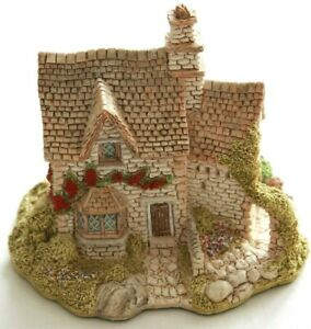 Lilliput-Lane-Victoria-Cottage-complete-with-Deeds-Rare-Model