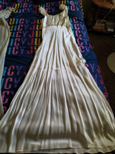 Textron Nightgown