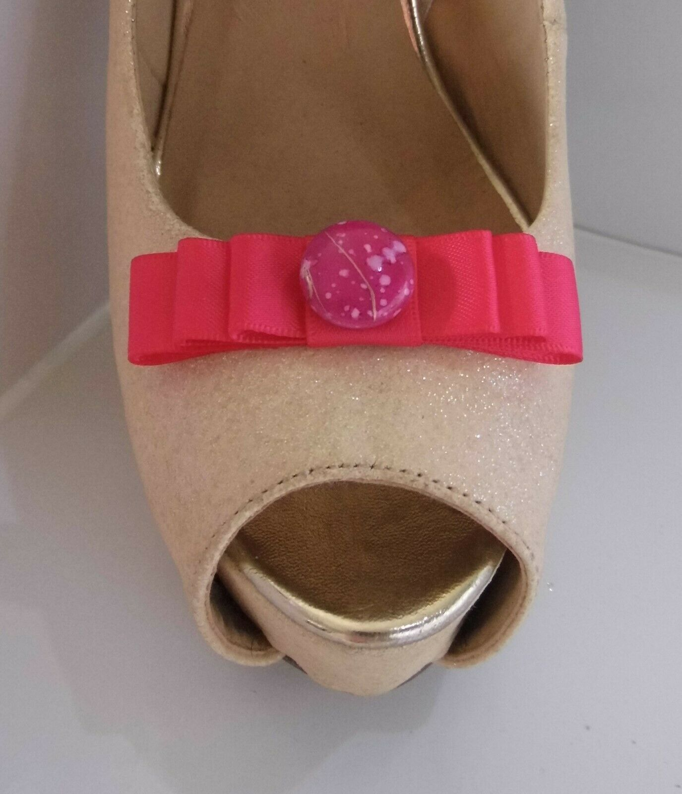 2 Small Cerise Pink Bow Clips for Shoes with Marble Style Button Centre