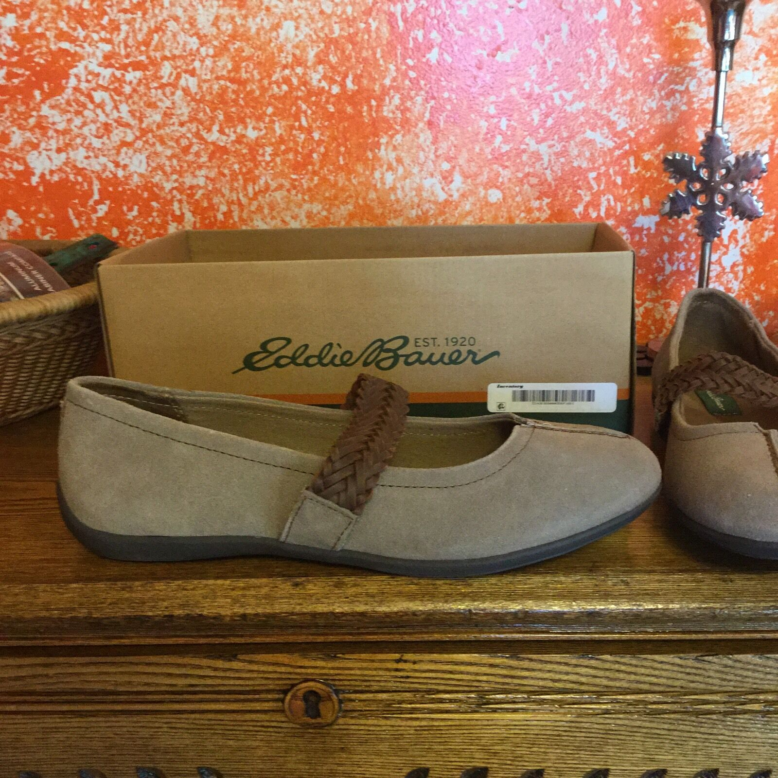 New Women's Eddie Bauer Delight Pine Leather Mary Jane shoes Size 9.5 MSRP  70