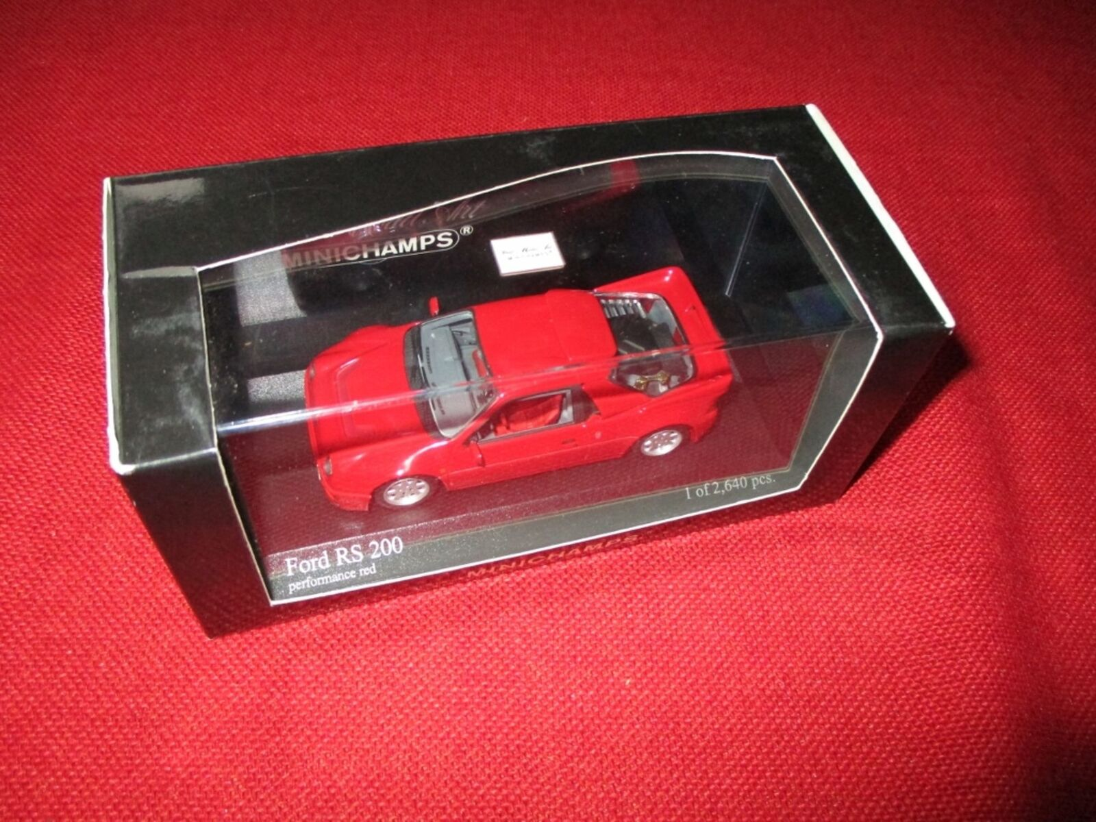 MINICHAMPS® 430 080201 1 43 Ford RS 200 1986 1986 1986 red NEU OVP eee343