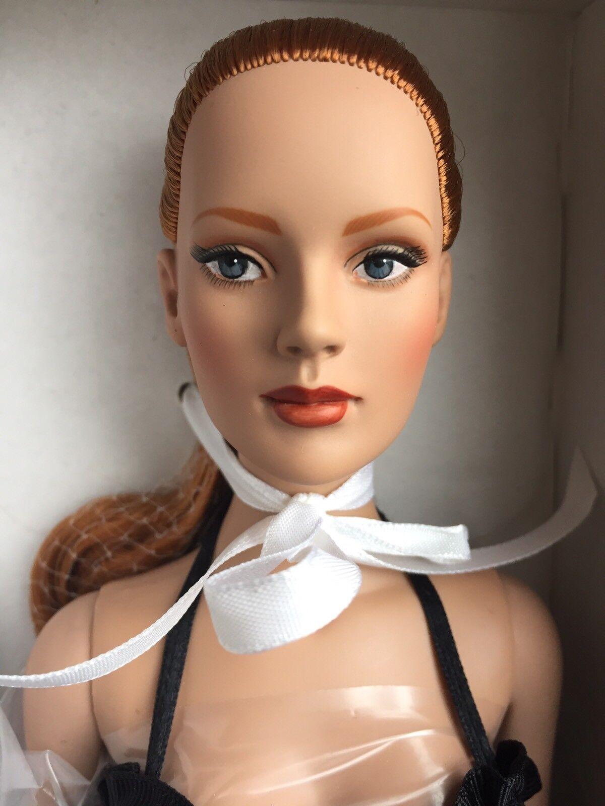 Tonner Tyler 40.6cm Cherished Friends Rtw Suzette Dubois rossohead Bambola Fashion