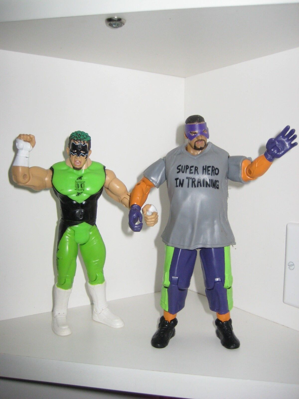 WWE WWF WCW Hurricane Shane Helms pinky Super Hero in Training 2003 Adrenaline