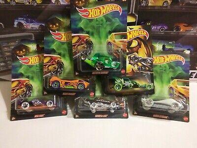 Hot Wheels 2020 Halloween Glow in the Dark Super Stinger 6//6 DXT91 NEW on Card