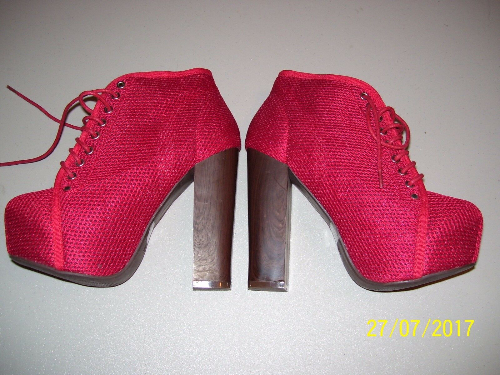 WOMENS / LADIES / GIRLS HIGH HEEL RED TIE SHOES BY VINTAGE SIZE 6, FREE SHIPPING