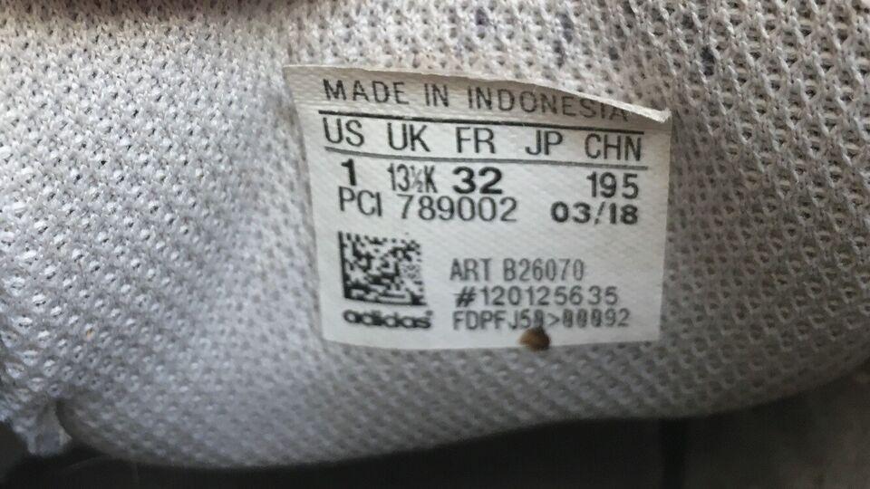 Kondisko, str. 32, Adidas