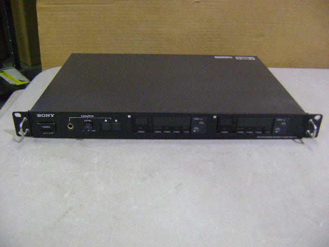 SONY WRR-850 U68 UHF SYNTHEGrößeD DIVERSITY TUNER WIRELESS MICROPHONE RECEIVER 68