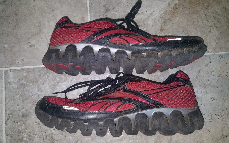 Great Looking Reebok Zigtech shoes Men's Size US11.5 UK10.5 VERY NICE