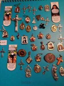 Arte-sacra-lotto-45-medaglie-croci-ed-immagini-religiose-santi-beati