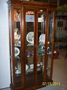 Large 40 Quot Wide Burl Wood Trimmed Pulaski Curio Cabinet