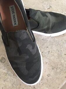 Sneaker Style Shoe Camo Fabric Size