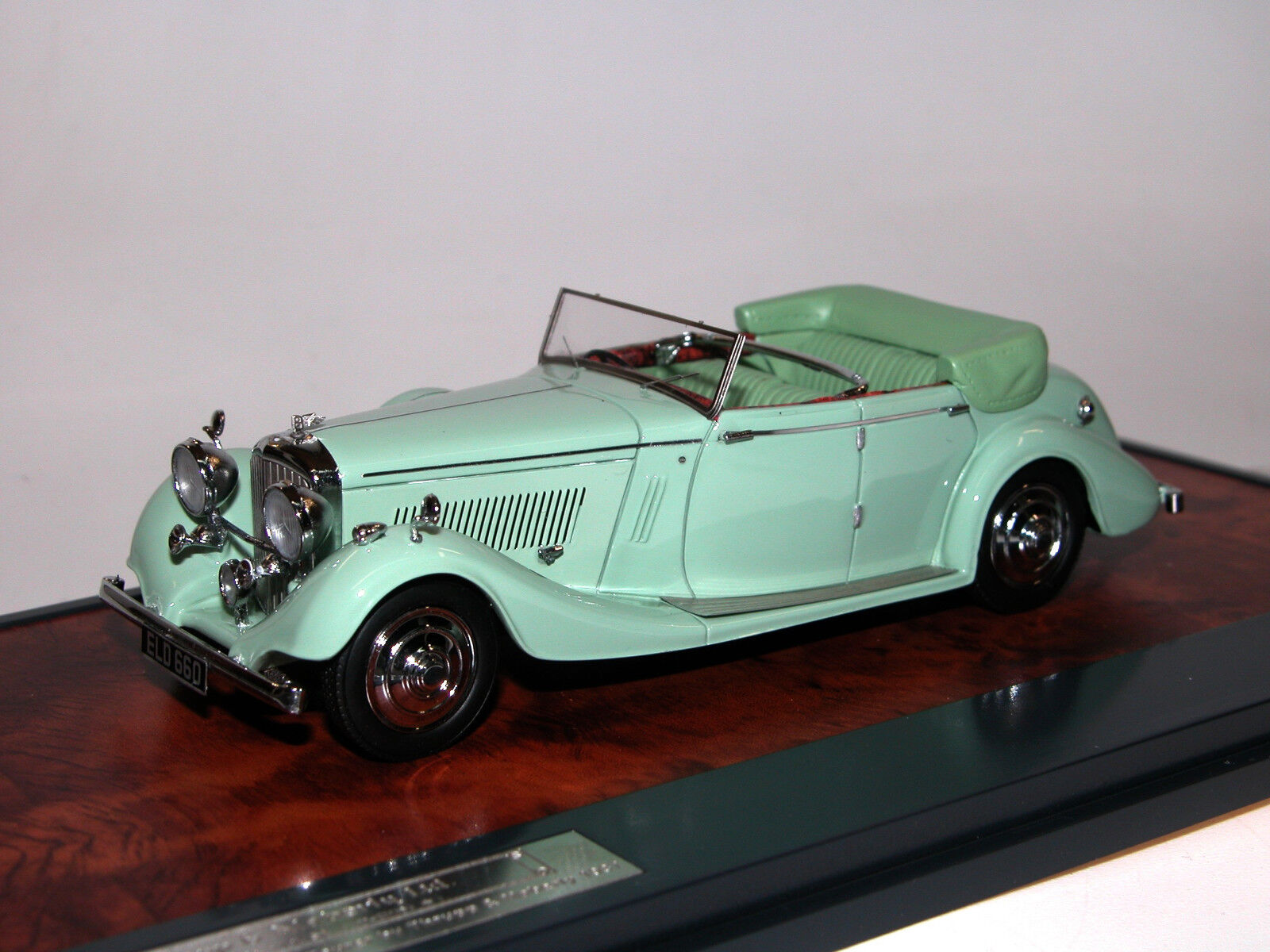 Matriz, 1937 Bentley 4.25 litre Thrupp & Maberly all-Weather Tourer, verde, 1 43