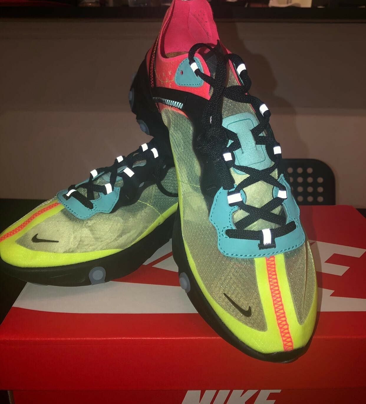 [NIKE REACT ELEMENT 55] SHOES RUNNING, SIZE 10, MULTI COLOR