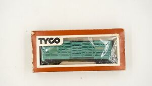 HO-Scale-Tyco-Blueish-Green-Santa-Fe-Cattle-Car-A-T-amp-S-F-80680-in-box-Vintage