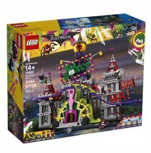 Lego-The-Batman-Movie-The-Joker-Manor-70922